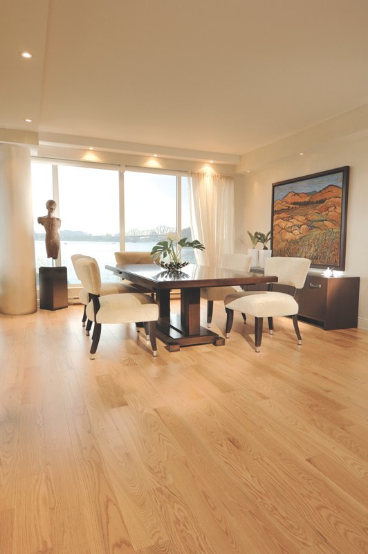 Kitchen with a natural Red Oak hardwood floor. - Quality Hardwood Flooring For Residential And Commercial Spaces